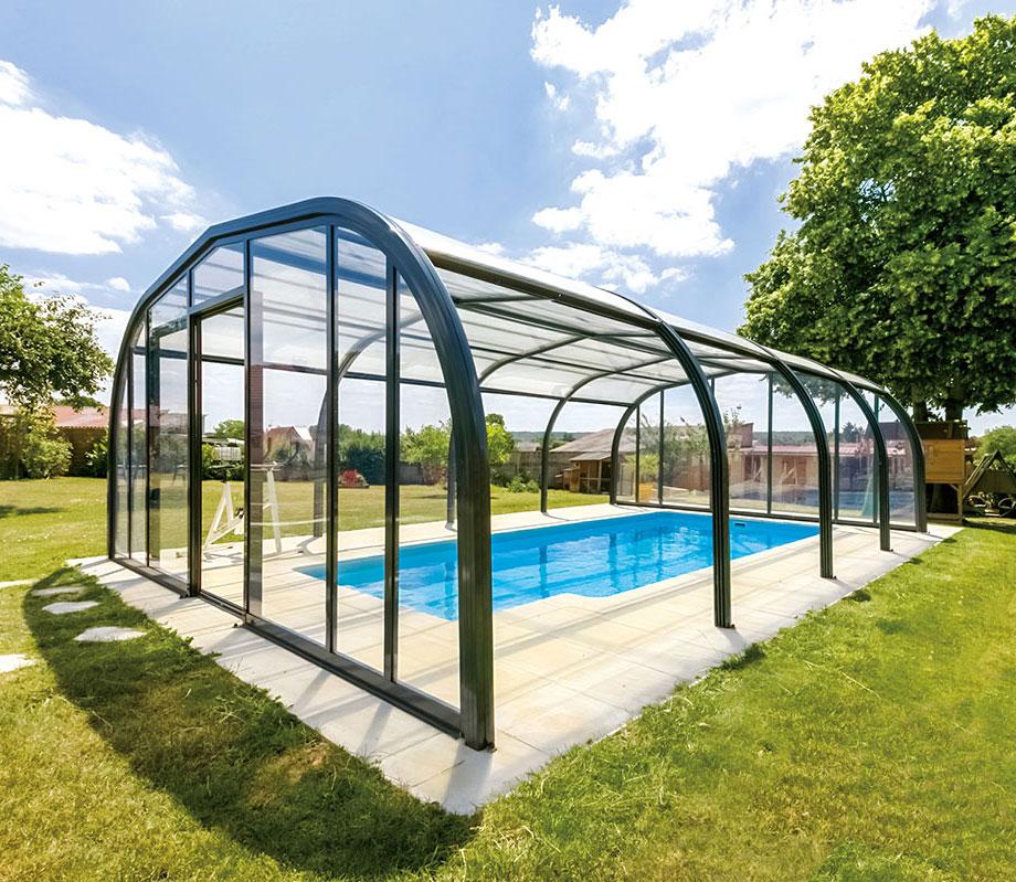 abris-piscine-desjoyaux